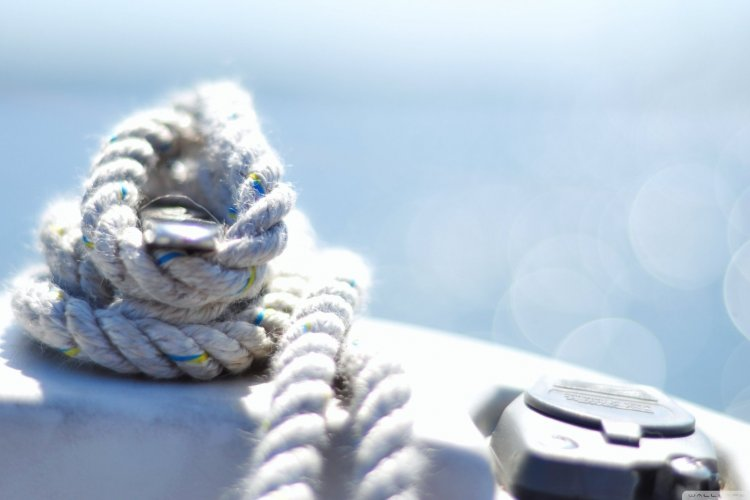 sailing-rope-bokeh